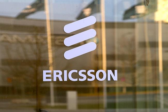 Ericssons logga på ett fönster